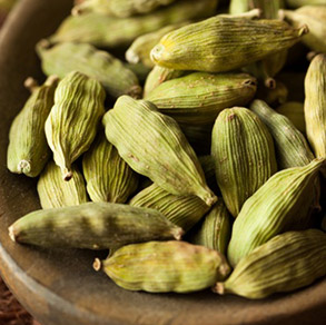 Co2 Extract Cardamom Oleoresin from India